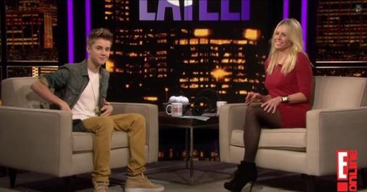 Justin Bieberbị tố tán tỉnh đàn chị 40 tuổi khi mới 16 tuổi. (Ảnh: E!)