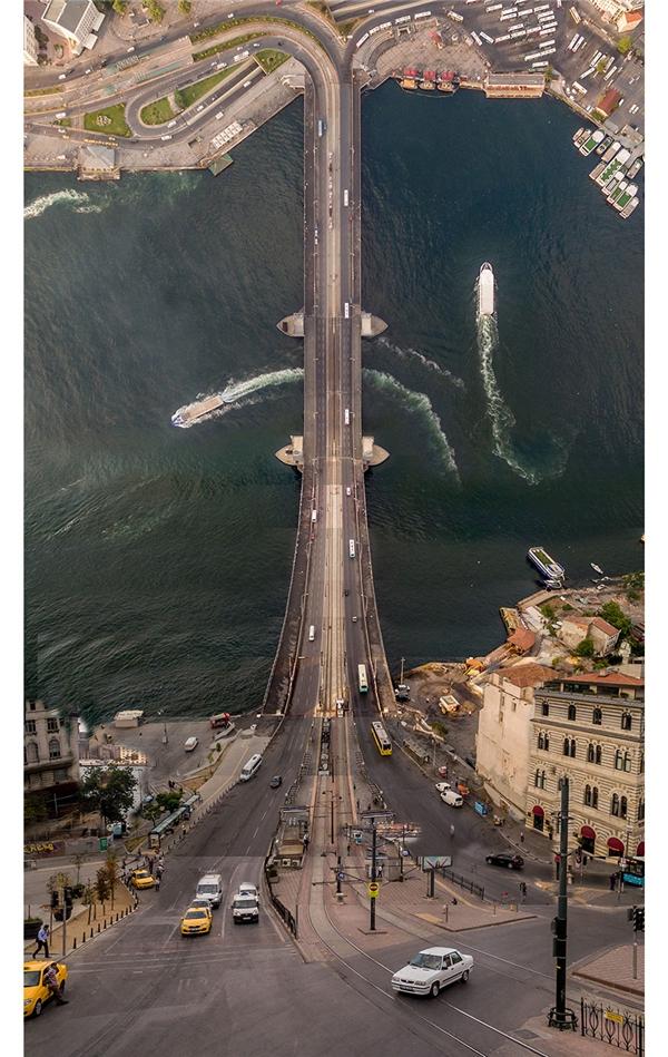 Chóng mặt ngắm thành phố uốn cong siêu ảo như phim Inception