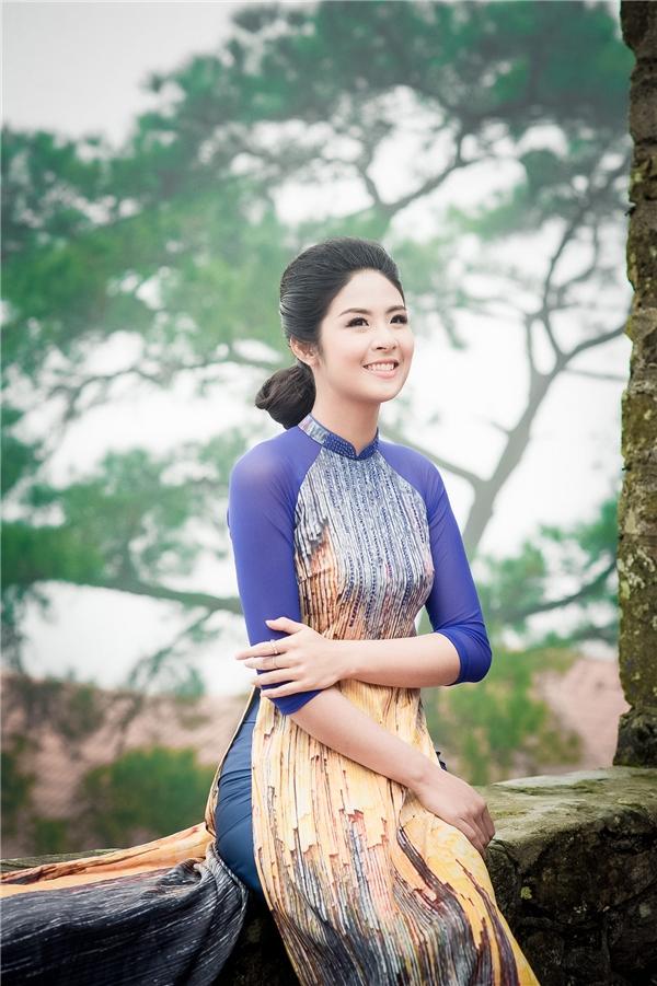 Sau khi đăng quang Hoa hậu Việt Nam 2010, Ngọc Hân ngày càng được khen ngợi bởi vẻ ngoài sắc sảo, mặn mà. Ngoài việc tham gia các sự kiện, các hoạt động vì cộng đồng, Ngọc Hân còn ghi dấu ấn trong lĩnh vực kinh doanh, thiết kế thời trang.