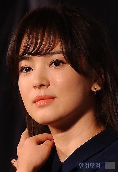 Có lẽ ngọc nữ Song Hye Kyo cũng không tránh khỏi nỗi khổ tăng cân ám ảnh thường thấy của những người nổi tiếng.