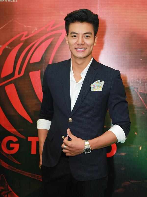 """""""Mĩ nam"""" mới của điện ảnh Việt chỉn chu với bộ vest lịch lãm đầy cuốn hút. - Tin sao Viet - Tin tuc sao Viet - Scandal sao Viet - Tin tuc cua Sao - Tin cua Sao"""