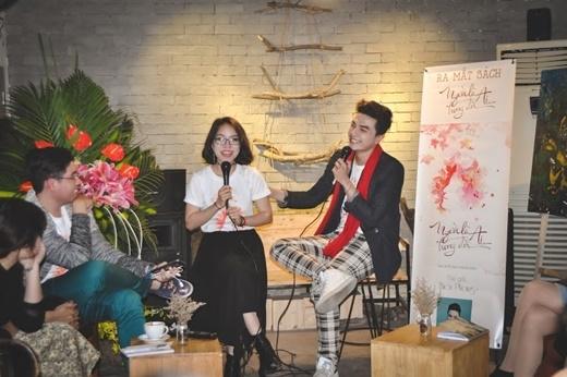MC Thiên Phong ra mắt sách đầu tay trải lòng về đời mình.