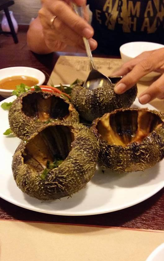Những món đặc sản Nha Trang của quánKhoái. (Ảnh: Internet)