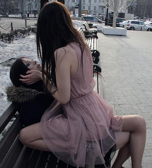 Cặp đôi hivọng đây là một thông điệp quan trọng nhằm ủng hộ những người đồng tính tại Nga. (Ảnh: Internet)