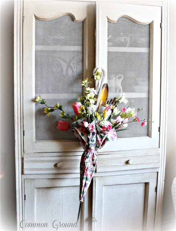 Cây dù hoa này rất được các nhà thiết kế nội thất ưa chuộng. (Ảnh: Internet)