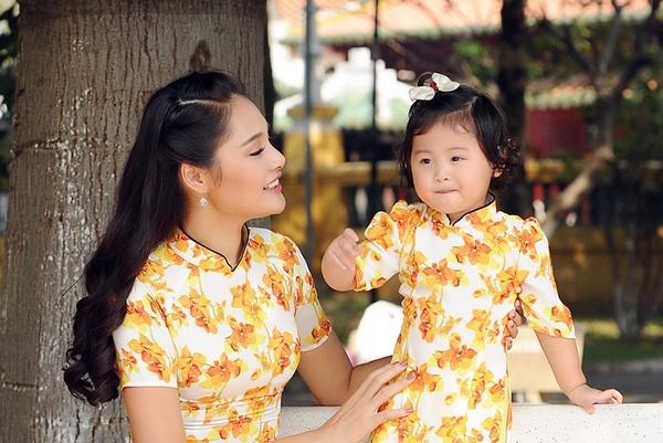 Vợ chồng hoa hậu Hương Giang đón Tết ở Campuchia. Ảnh: NVCC - Tin sao Viet - Tin tuc sao Viet - Scandal sao Viet - Tin tuc cua Sao - Tin cua Sao
