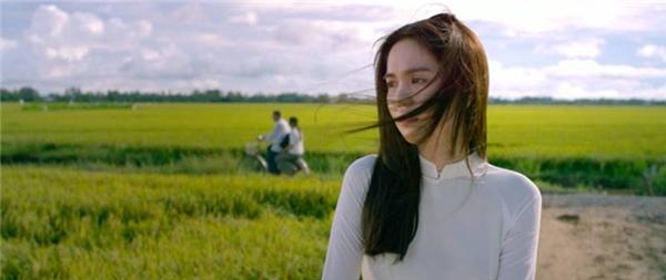"""Phim của Ngọc Trinh có gì đáng xem ngoài """"vòng eo 56""""? - Tin sao Viet - Tin tuc sao Viet - Scandal sao Viet - Tin tuc cua Sao - Tin cua Sao"""