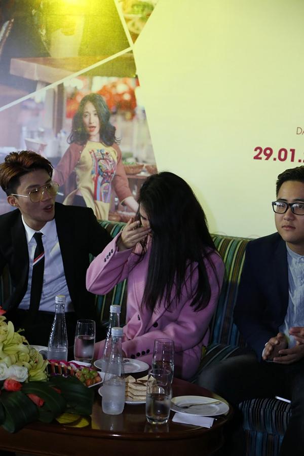 """Hòa Minzy: """"Mong khán giả nhớ đến âm nhạc thay vì Công Phượng"""" - Tin sao Viet - Tin tuc sao Viet - Scandal sao Viet - Tin tuc cua Sao - Tin cua Sao"""