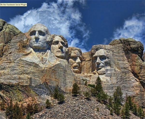 Kiệt tác điêu khắc trên núi Rushmore (Ảnh: Lanis Rossi)
