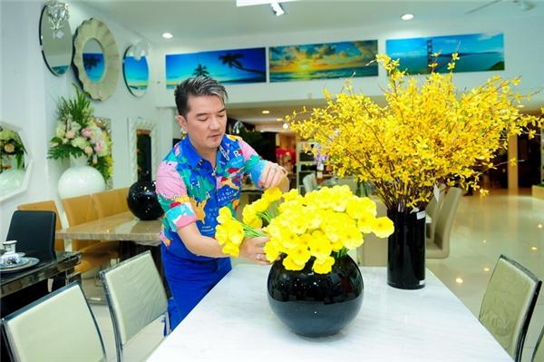 Mr Đàm chi tiền khủng để chuẩn bị đón Tết - Tin sao Viet - Tin tuc sao Viet - Scandal sao Viet - Tin tuc cua Sao - Tin cua Sao