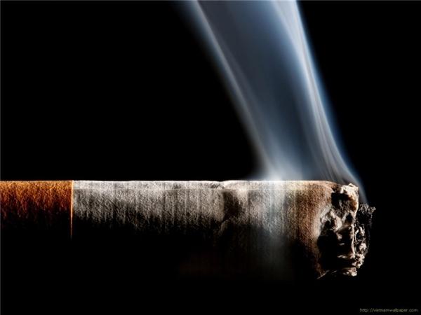 Khói thuốc lá là một trong những nguyên nhân gây ung thư. (Ảnh: Internet)