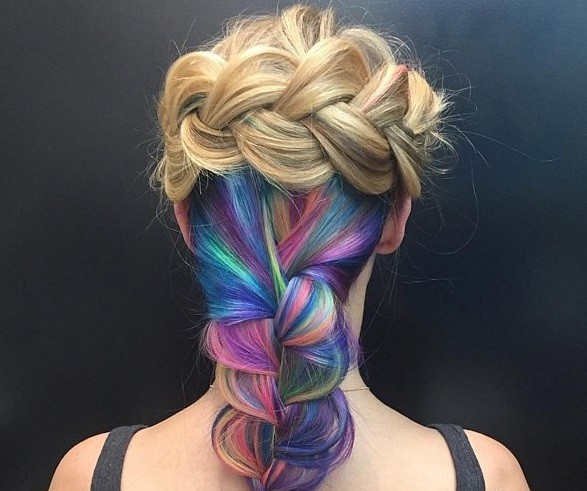 Giới trẻ thế giới say mê trào lưu nhuộm tóc underlight rực rỡ
