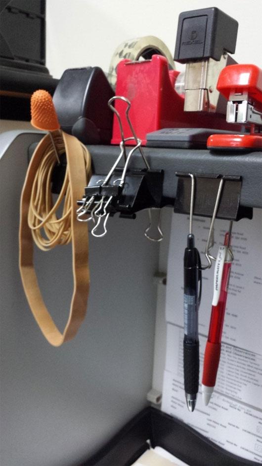Kẹp giấy khiến bàn làm việc của bạn trở nên gọn gàng hơn. (Ảnh: Internet)