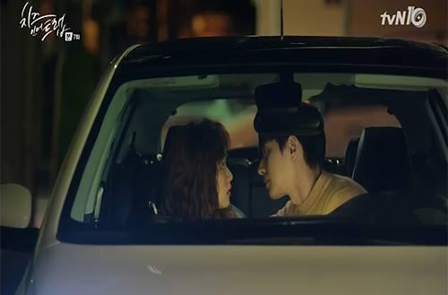 Những cảnh hôn nhau khiến fan