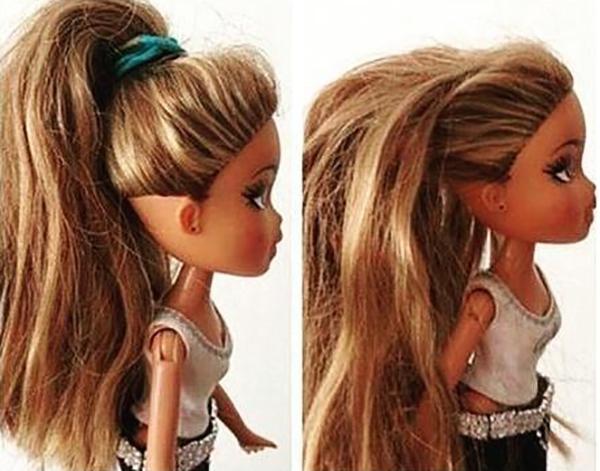 11. Mỗi lần tháo chun buộc tóc ra là mái tóc cứ gập nếp như vừa vuốt sáp.