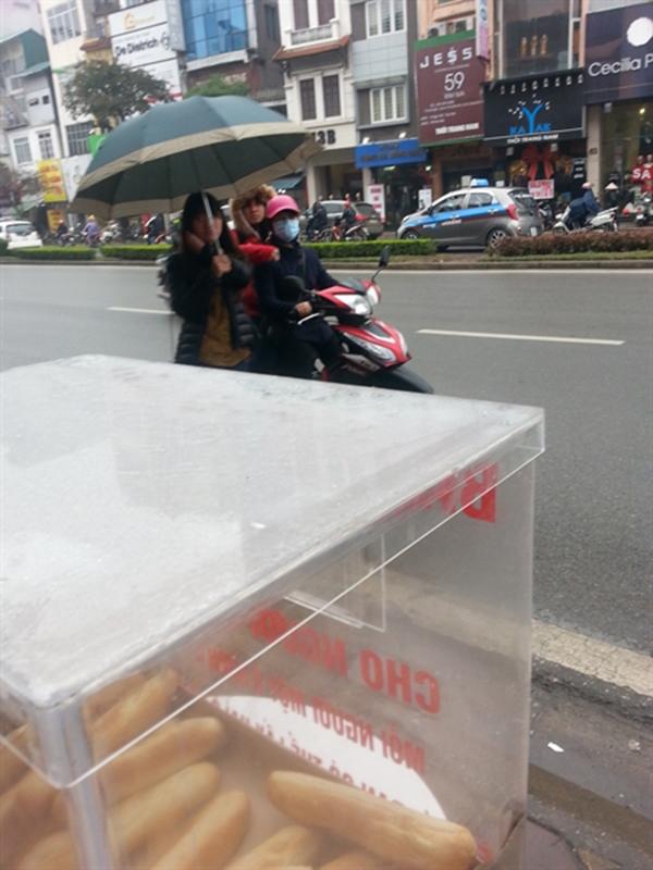 Thùng bánh mì này là hoàn toàn miễn phí và chỉ dành cho người nghèo. (Ảnh: Internet)