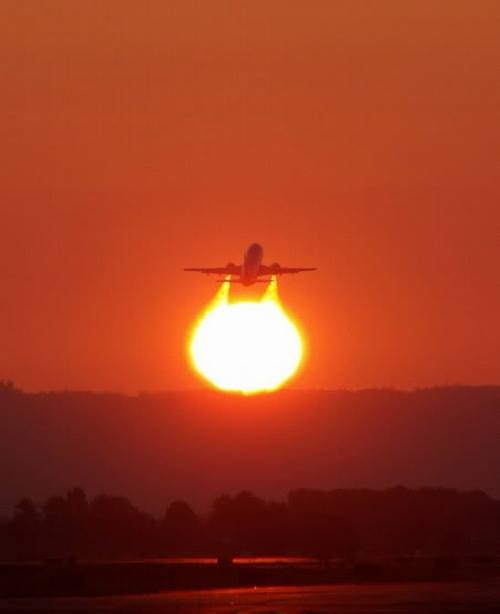 Khi ông Mặt Trời thích đùa.(Ảnh: Internet)