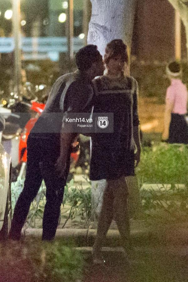 """Trấn Thành bất ngờ chu môi """"hôn yêu"""" Hari Won - Tin sao Viet - Tin tuc sao Viet - Scandal sao Viet - Tin tuc cua Sao - Tin cua Sao"""
