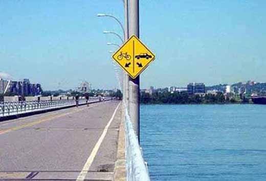 Có lẽ là một phương pháp khuyến khích người dân đi xe đạp chăng? (Ảnh: Internet)