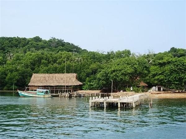 Quần đảo còn khá hoang sơ và ít người dân sinh sống. (Ảnh: Internet)