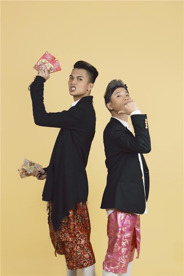 Chỉ trong vỏn vẹn 2 ngày, hai nam ca sĩ đã hoàn thành bài hát và ra mắt cùng công chúng. - Tin sao Viet - Tin tuc sao Viet - Scandal sao Viet - Tin tuc cua Sao - Tin cua Sao