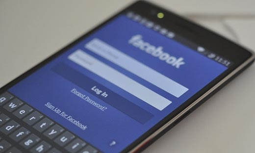 Thay thế cài đặt Facebook và Messenger bằng Chrome sẽ giúp tiết kiệm pin và dung lượng lưu trữ(Ảnh:Internet)