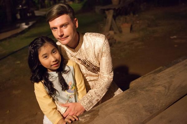 """Thông điệp mà Kyo York muốn gửi gắm qua MV này đó chính là: """"Chúng ta hãy về bên mẹ khi có thể, vì mẹ là duy nhất!"""". - Tin sao Viet - Tin tuc sao Viet - Scandal sao Viet - Tin tuc cua Sao - Tin cua Sao"""