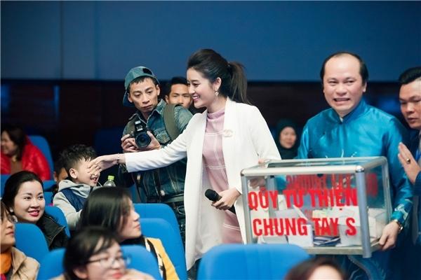Huyền My chính là đại sứ cho một quỹ từ thiện lớn tại Hà Nội. - Tin sao Viet - Tin tuc sao Viet - Scandal sao Viet - Tin tuc cua Sao - Tin cua Sao