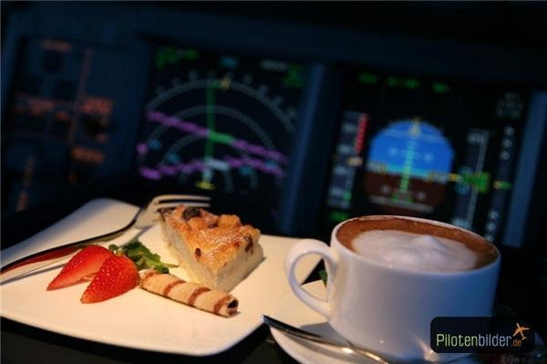 Mỗi phi công đều có phần ăn riêng. (Ảnh: Internet)