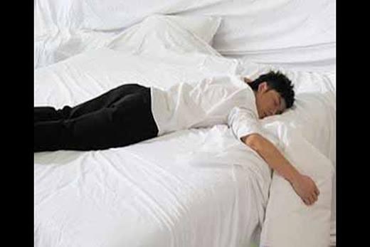 Những tư thế ngủ trong khi say