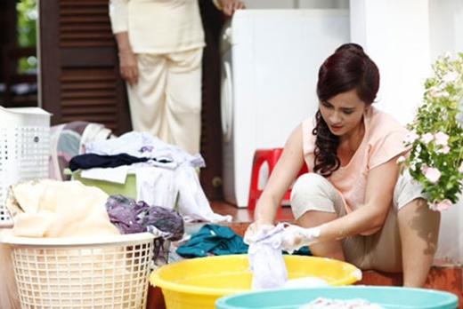 Nên tránh giặt đồ vào 2 ngày đầu năm để tránh động chạm đến thần linh. (Ảnh: Internet)