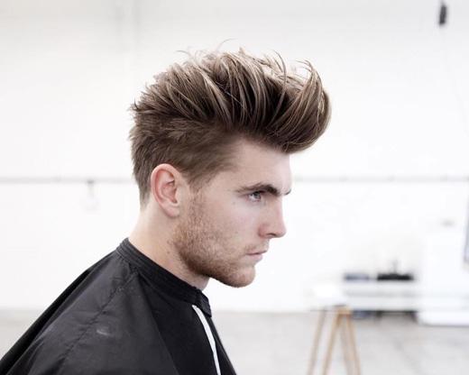 Kiểu tóc này lấy cảm hứng từ các thần tượng một thời như James Dean, Elvis Presley hay Morrissey, đảm bảo đến năm 2016 nó vẫn chưa hết hot. (Ảnh: menshairstyletrends)