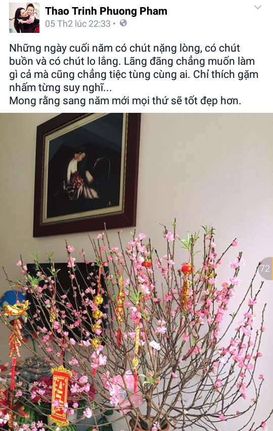 Tâm trạng trong những ngày cận Tết của ca sĩ ThanhThảo dường như không được nhẹ nhàng như những người bạn đồng nghiệp của mình. Cô đăng tải hình ảnh một cây đào đã được trang trí cho ngày Tết với hi vọng sang năm mọi thứ sẽ tốt đẹp hơn. - Tin sao Viet - Tin tuc sao Viet - Scandal sao Viet - Tin tuc cua Sao - Tin cua Sao