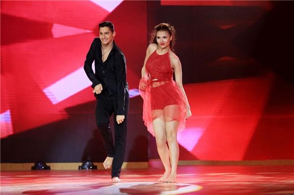 Hồng Quế được đánh giá là một trong những đối thủ nặng kí của mùa giải Bước nhảy hoàn vũ 2016. - Tin sao Viet - Tin tuc sao Viet - Scandal sao Viet - Tin tuc cua Sao - Tin cua Sao