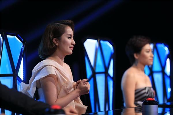 Bài nhảy của Vũ Ngọc Anh khiến giám khảo Khánh Thi không kìm được xúc động và bật khóc. - Tin sao Viet - Tin tuc sao Viet - Scandal sao Viet - Tin tuc cua Sao - Tin cua Sao