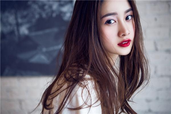 """Ngất ngây vẻ đẹp tựa """"nàng xuân"""" của Jun Vũ"""