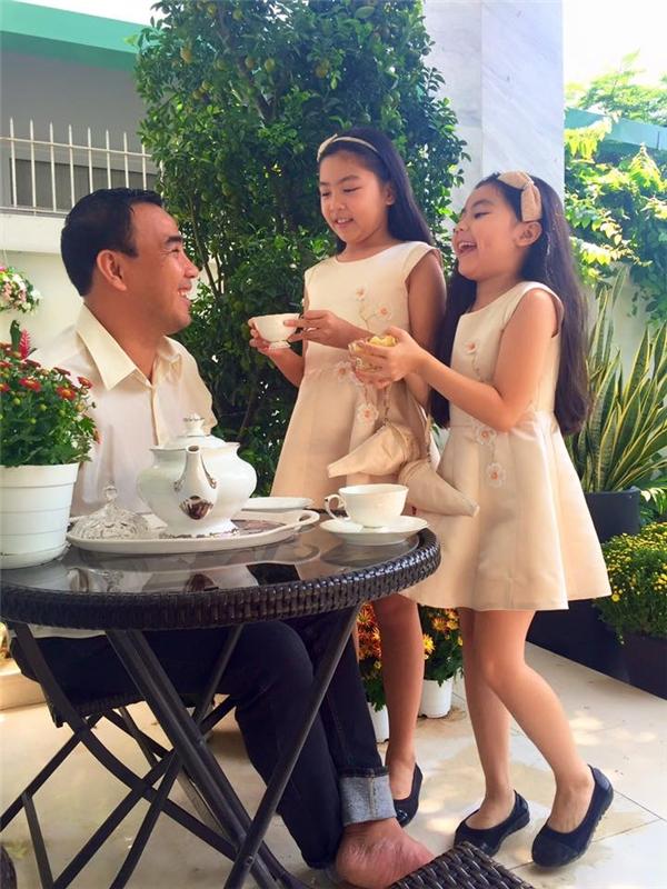 Hai cô con gái xinh như công chúa của Quyền Linh. - Tin sao Viet - Tin tuc sao Viet - Scandal sao Viet - Tin tuc cua Sao - Tin cua Sao