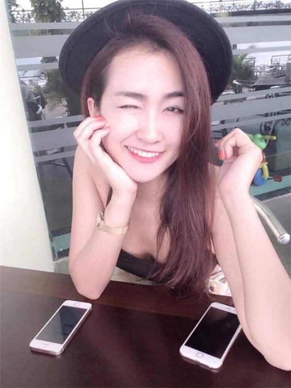 Ở hạng mục nghệ sĩ được tìm kiếm nhiều nhất ở Việt Nam năm 2015, nữ DJ 9X được đặc biệt quan tâm khiến từ khóa tên của DJ Trang Moon leo lên top 1. Cô được khán giả yêu mến khi tham gia chương trình The Remix. Ngoài ra, cô còn tham gia các lĩnh vực khác như MC, diễn xuất.