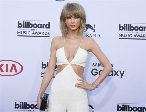 Cùng với việc quảng bá album 1989, Taylor Swift còn cho ra thêm các MV ăn khách khác như BadBlood, Wildest Dream...