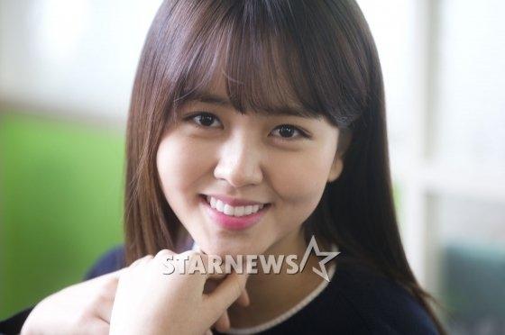 Kim So Hyun thừa nhận chưa từng yêu ai