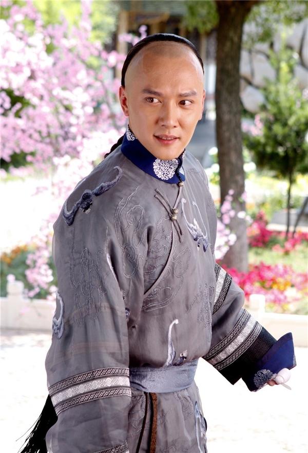 Nghi vấn Phùng Thiệu Phong hẹn hò với mĩ nhân ngư của Châu Tinh Trì