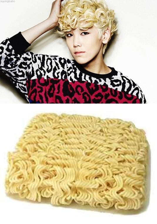 Quả đầu tóc xoăn tít cùng màu vàng rực của Zelo (B.A.P) trông không khác gì gói mì tôm.
