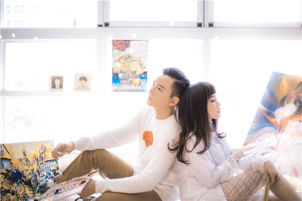 Những hình ảnh mới nhất của cặp đôi nằm trong chiến dịch quảng bá MV Cứ yêu đi. - Tin sao Viet - Tin tuc sao Viet - Scandal sao Viet - Tin tuc cua Sao - Tin cua Sao