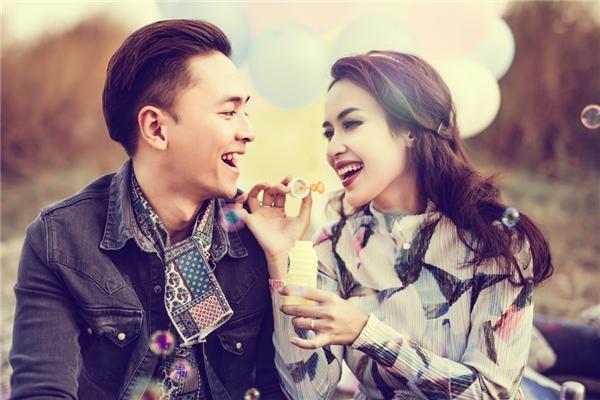 """Những hình ảnh vô cùng lãng mạn của cặp đôi đã khiến không ít trái tim người hâm mộ """"ngất lịm"""". - Tin sao Viet - Tin tuc sao Viet - Scandal sao Viet - Tin tuc cua Sao - Tin cua Sao"""