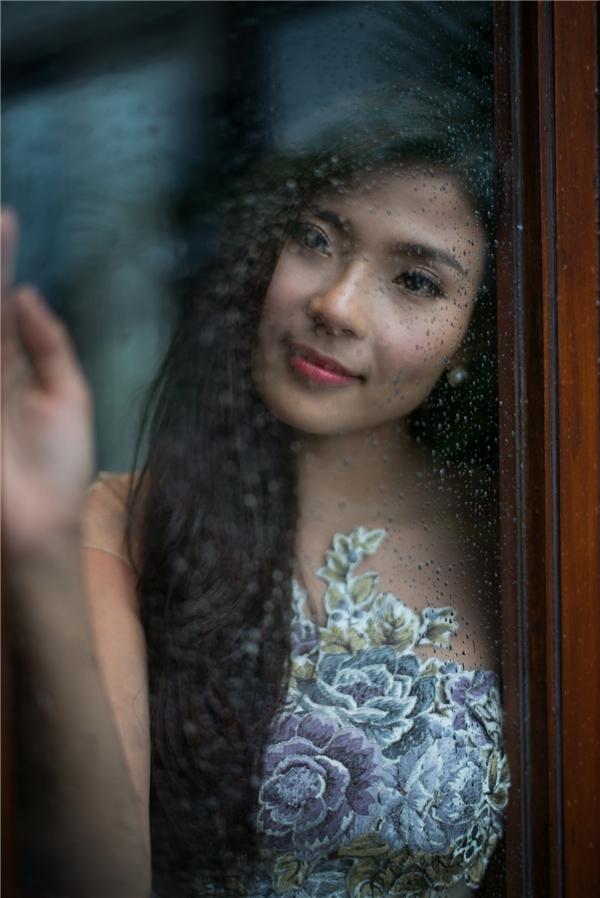 Thúy Diễm là người con gái độc lập, mạnh mẽ giấu mình trong vẻ mỏng manh vốn thấy, vậy nên hểu được điều đóLương Thế Thành luôn muốn dành hết những gì yêu thương và trọn vẹnnhất cho người đẹp. - Tin sao Viet - Tin tuc sao Viet - Scandal sao Viet - Tin tuc cua Sao - Tin cua Sao