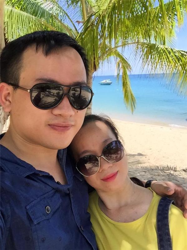 Cặp đôi yêu xa và câu chuyện tình 13 năm cảm động