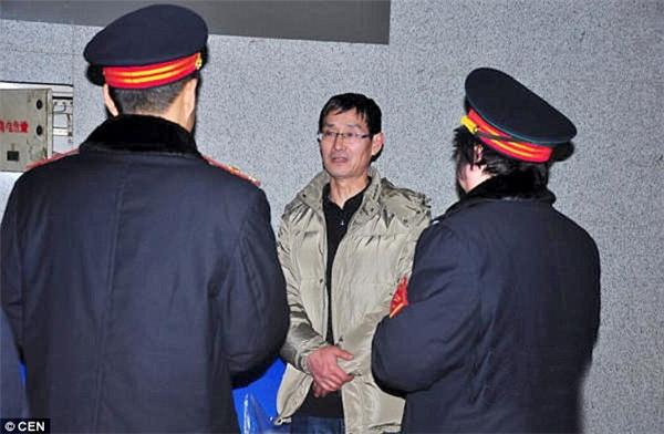 Anh Zhang tại nhà ga. (Ảnh: CEN)