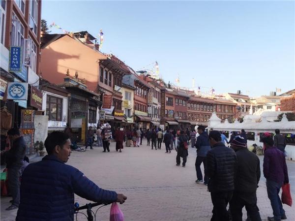 Được biết, cô đã có chuyến du ngoạn đến Kathmandu, thủ đô của đất nước Nepal. - Tin sao Viet - Tin tuc sao Viet - Scandal sao Viet - Tin tuc cua Sao - Tin cua Sao