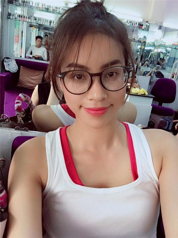 Hoa hậu quốc dân Phạm Hương khoe tóc mới đằm thắm - Tin sao Viet - Tin tuc sao Viet - Scandal sao Viet - Tin tuc cua Sao - Tin cua Sao