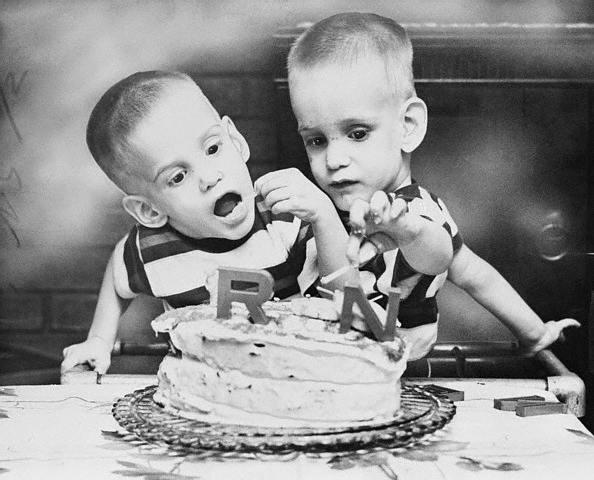 Ronnie và Donnie cùng đón mừng sinh nhật. (Ảnh: Internet)